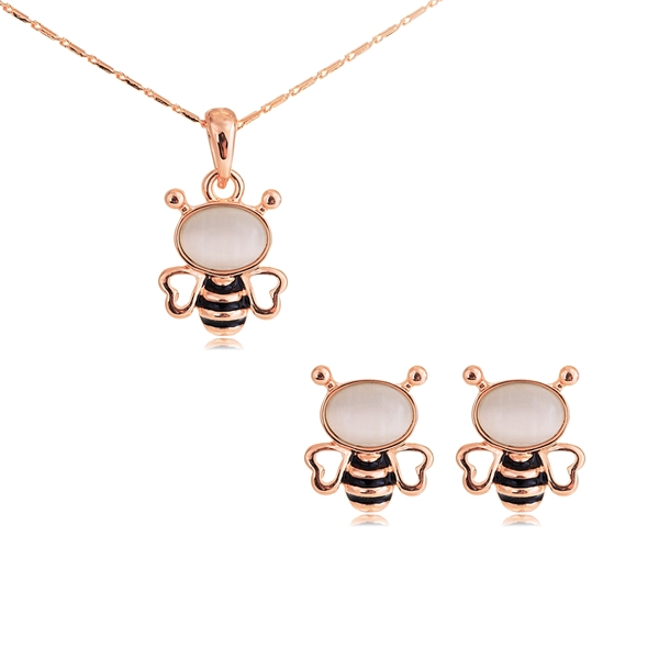 Picture of Low Cost Zinc Alloy White Necklace and Earring Set with Low Cost