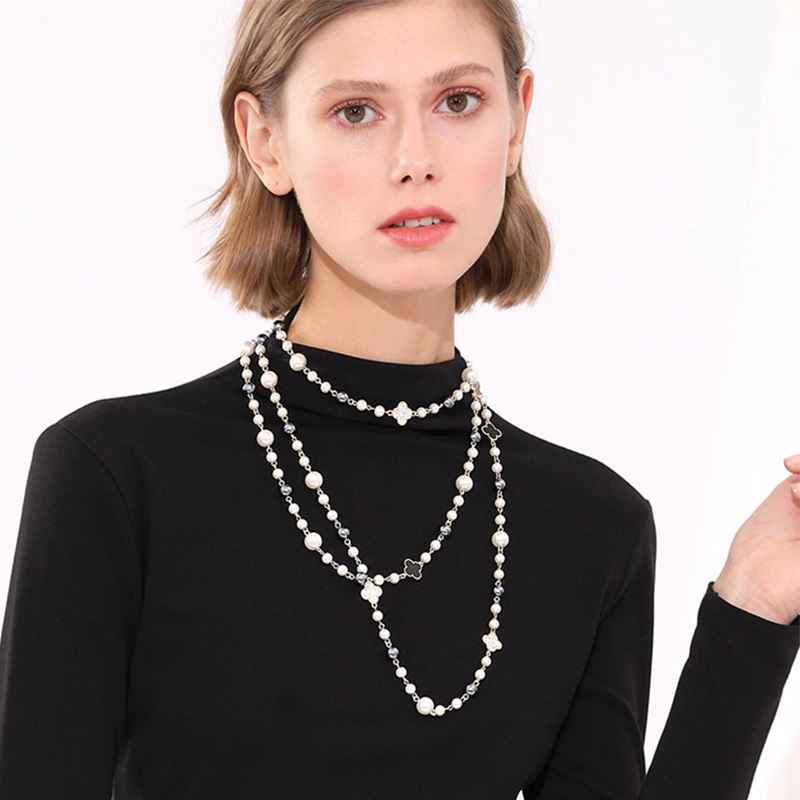 Low Cost Zinc Alloy White Necklace and Earring Set with
