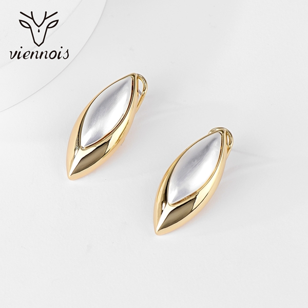 Picture of Shop Zinc Alloy Big Stud Earrings with Wow Elements