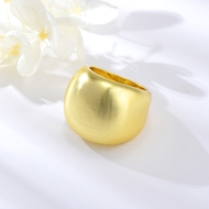 Picture of Attractive Gold Plated Big Fashion Ring For Your Occasions